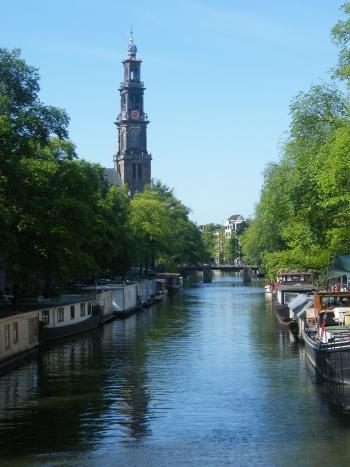 Kanál v Amsterdamu